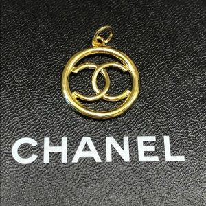 Authentic Chanel Zipper Pull - Gold